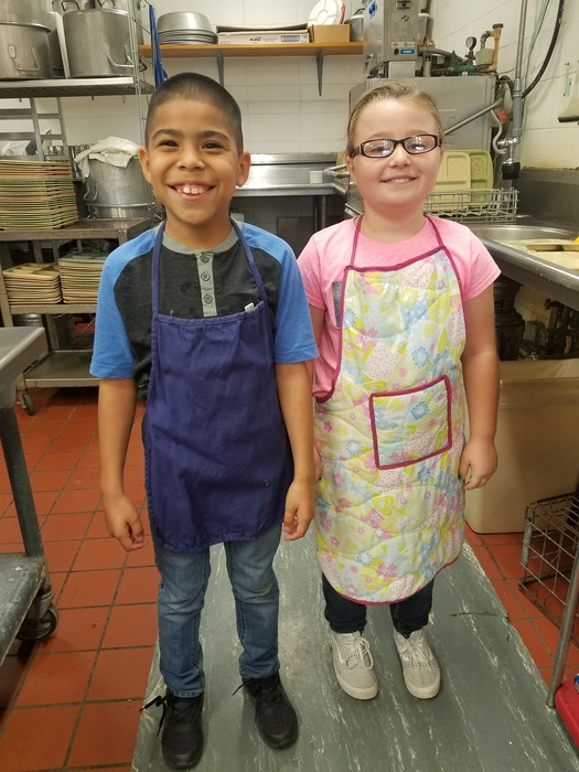 Wapello Elementary Lunchroom Helpers