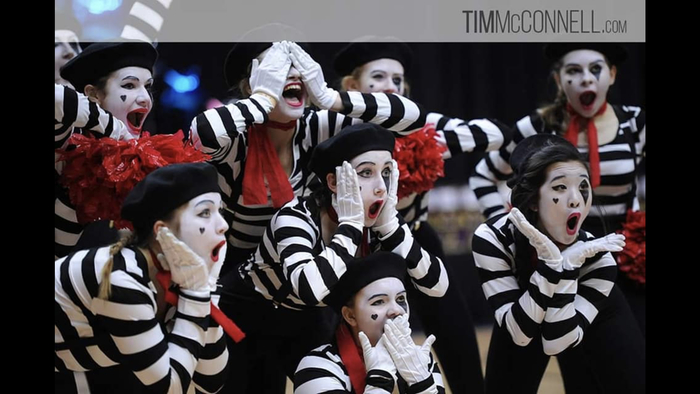 Mimes routine.