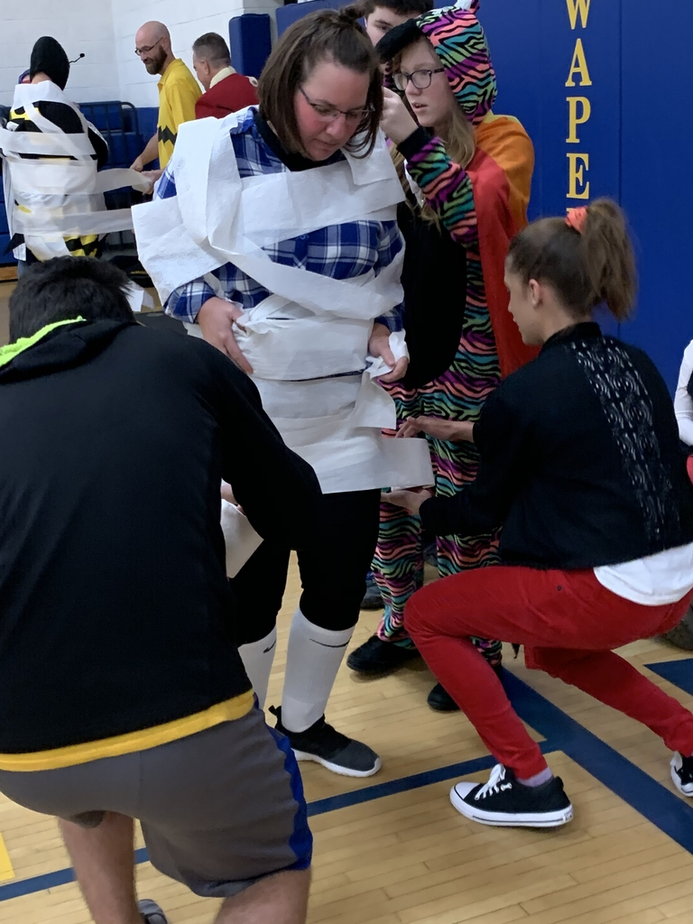Make the teacher a mummy