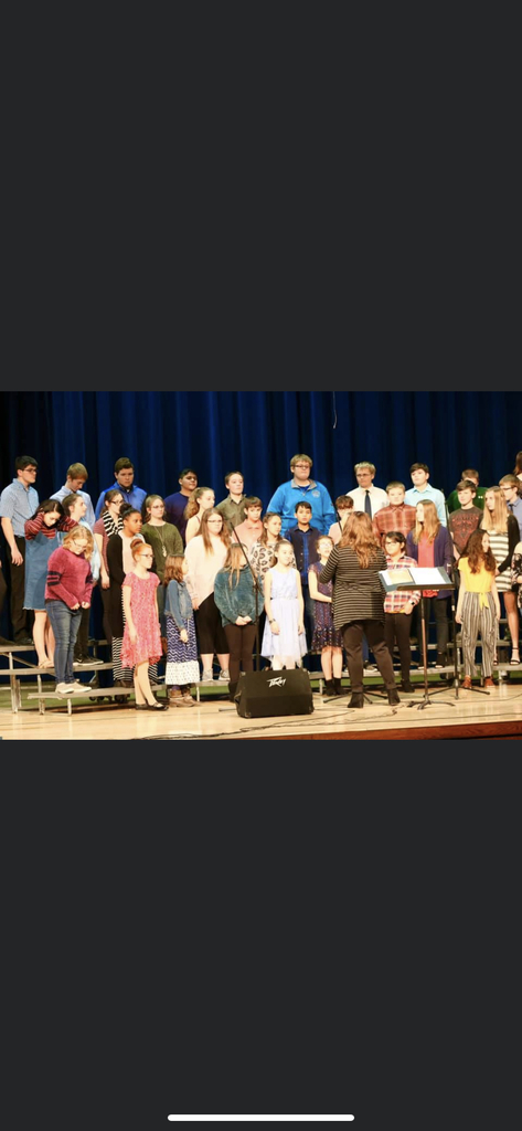 MS choir.